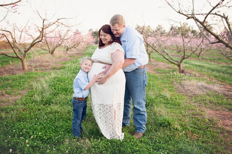 SamiM Photography Spring Portraits Peach Blossoms Dickey farms